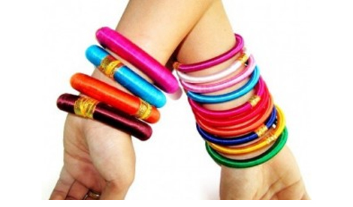 Colorful College Girls Bangles for Eid 2014