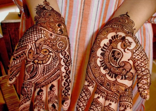 Beautiful Christmas Mehndi Designs For Girls 2015