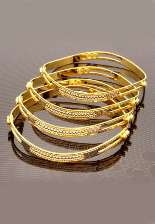 Sweet Girls Fresh Bangles Trend for Eid Ul Adha 2015