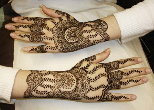 Back Hands Henna Style For Eid ul Azha 2015