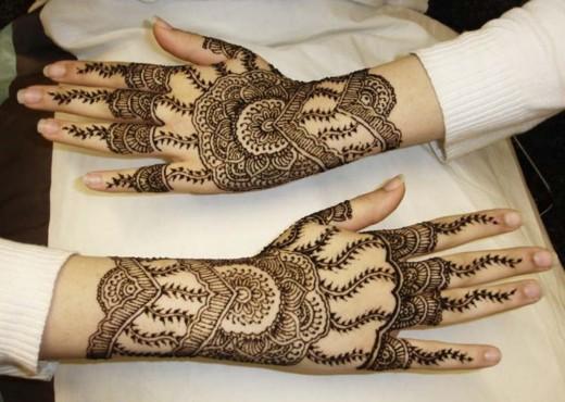Back Hands Henna Style For Eid ul Azha 2015