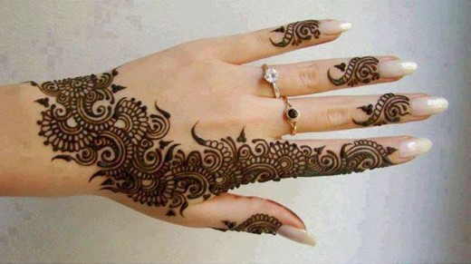 Simple Eid Mehndi Design for Back Hand 2015