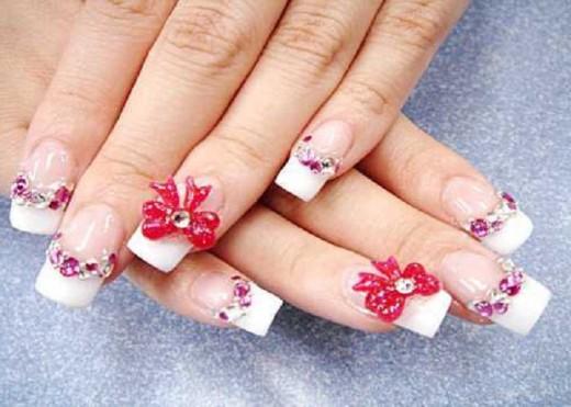 Acrylic Flower Nail Art for Christmas