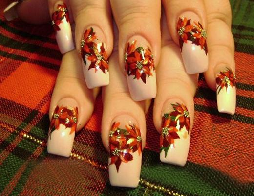 Poinsiettas Christmas Flowers Nail Trend