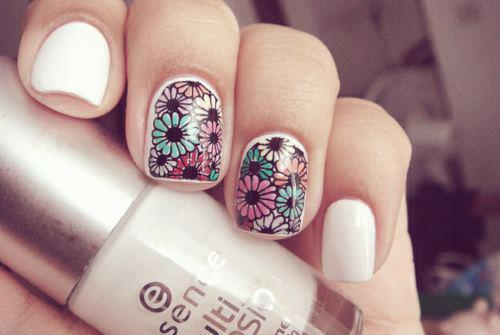Awesome Floral Print Nail Design for Girls