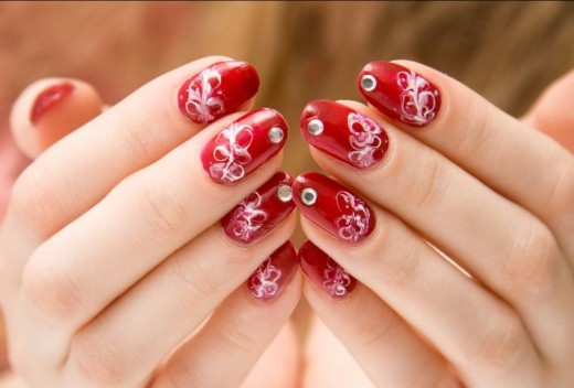 Easy Red and White Nail Art Ideas