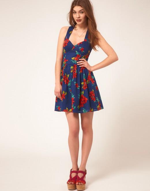 Short Summer Dress in Floral Print 2016