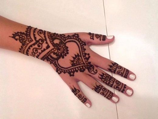 Back Hand Henna Design for Party 2016