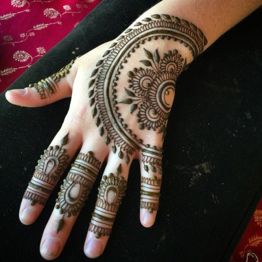 Creative Summer Mehndi Art Ideas 2016