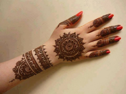 Full Hand Arabic Mehndi Designs for This Summer