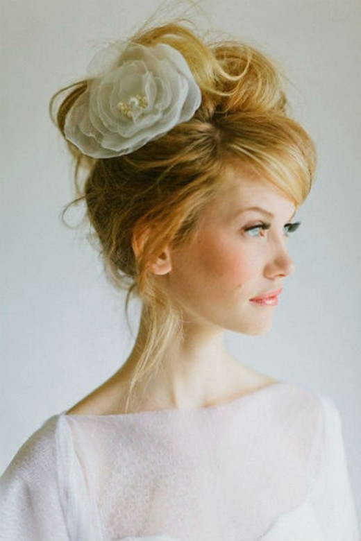 Messy Wedding Updo Hairstyles Trend