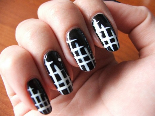 Black and White DIY Nail Art Design Ideas