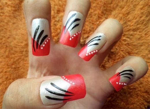 Elegant Stroke Nail Art Design Pictures