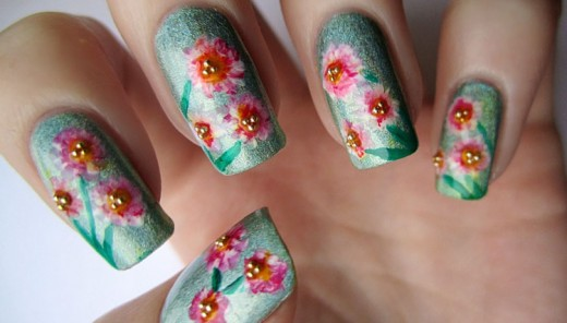 Flowery Nail Paint Design for Wedding