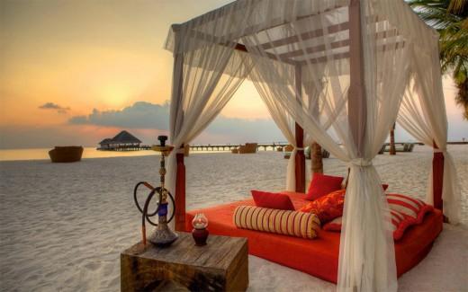 Romantic Bad Beach HD Wallpaper