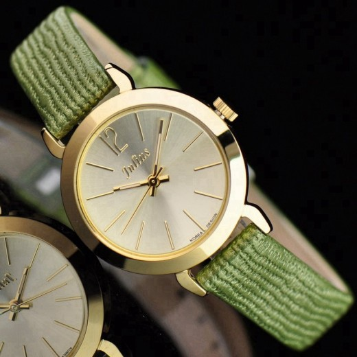 Simple Fashion Casual Green Watch for Girls